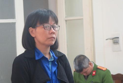 Ngọ Thị Hoa tại phiên tòa sáng 26/3.