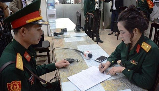 Cơ quan chức năng quân đội đang làm rõ hành vi giả danh Đại tá quân đội của Đào Thị Uyên