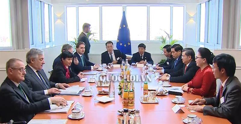 Chủ tịch Quốc hội Nguyễn Thị Kim Ngân hội đàm với Chủ tịch Nghị viện châu Âu - ảnh 1