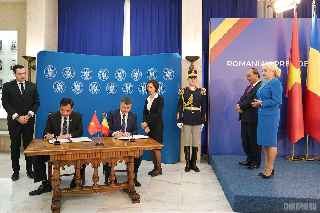 Thủ tướng Việt Nam, Romania hội đàm - ảnh 5