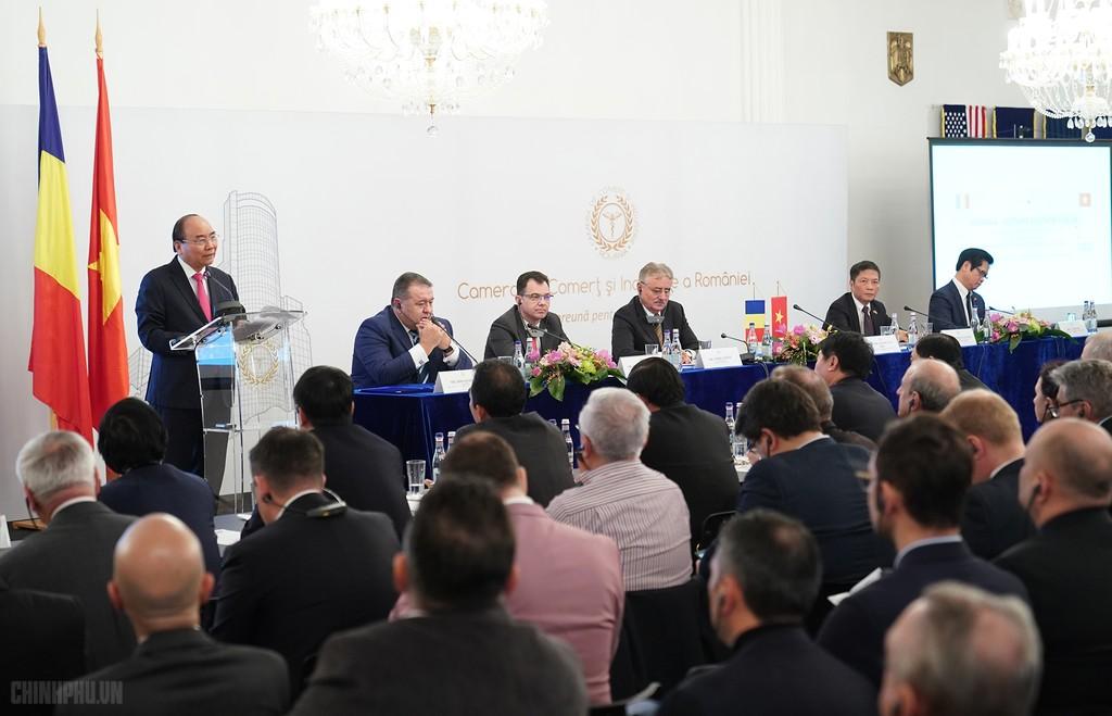 Thủ tướng dự Diễn đàn Doanh nghiệp Việt Nam-Romania - ảnh 2
