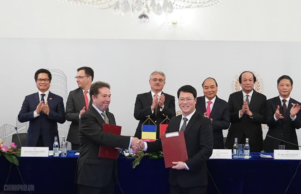 Thủ tướng dự Diễn đàn Doanh nghiệp Việt Nam-Romania - ảnh 3