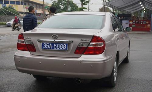 Chiếc Camry trong một lần sử dụng biển số 35A-5888.