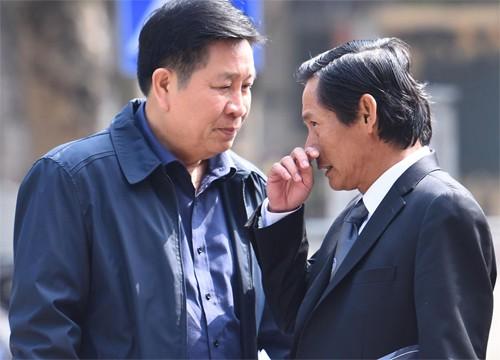 Vũ 'Nhôm' đưa chứng cứ mới khi hầu tòa cùng cựu thứ trưởng công an - ảnh 1