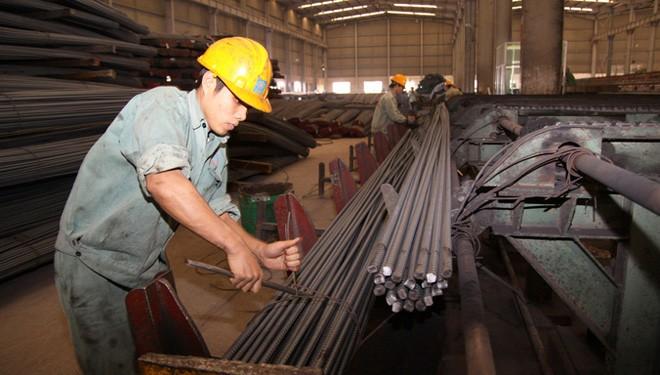 Theo TS Phạm Chi Lan, hơn 40% lợi nhuận doanh nghiệp đang dành để nộp ngân sách nhà nước. Ảnh: Như Ý.