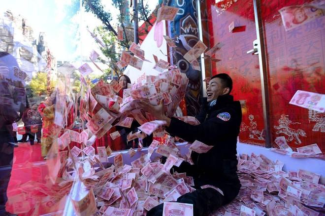 Đằng sau con số 1.000 tỷ USD tháo chạy khỏi Trung Quốc
