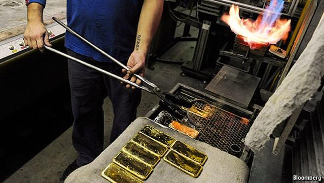 Vì sao giá vàng tăng vọt trong những ngày qua?