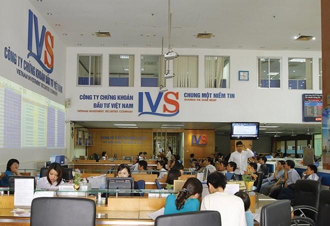 CTCK IVS dự kiến sẽ xin cổ đông thông qua phương án nới room lên 100% tại ĐHCĐ thường niên tới đây.