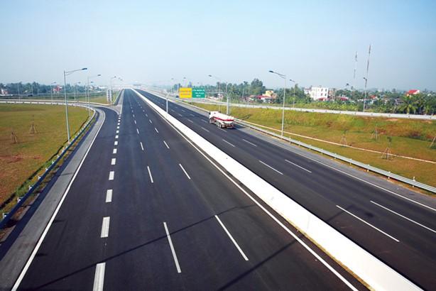Trong giai đoạn 2016 - 2020, nhu cầu vốn cho các dự án đầu tư phát triển hạ tầng giao thông là khoảng 1 triệu tỷ đồng. Ảnh: Lê Tiên