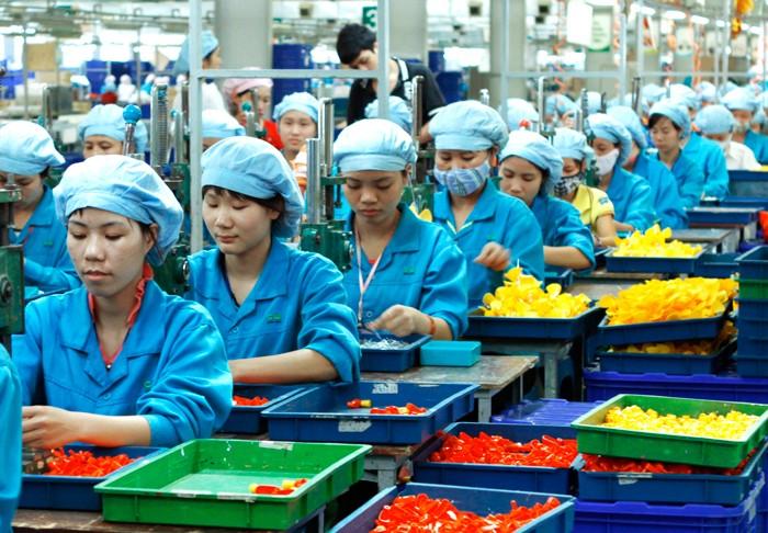 Tăng trưởng kinh tế quý III dự báo sẽ trở lại với xu hướng đi lên, đạt mức 6,14%. Ảnh: Lê Tiên