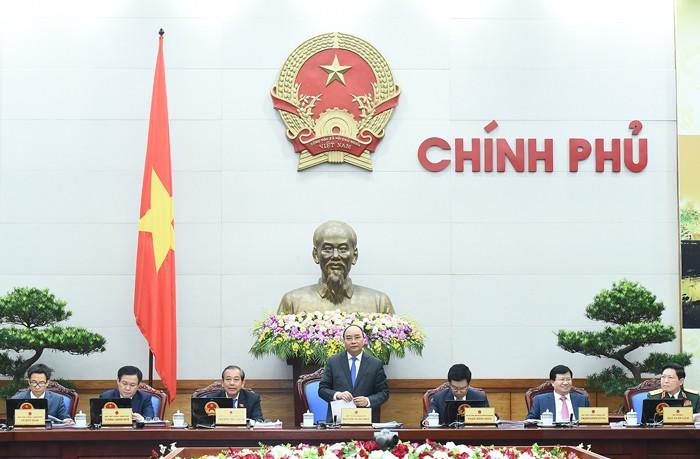 Thủ tướng Nguyễn Xuân Phúc yêu cầu đẩy nhanh tiến độ xây dựng Chính phủ điện tử. Ảnh: Quang Hiếu