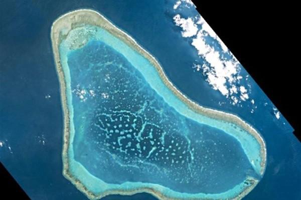 Sự cẩn trọng của Philippines sau chiến thắng pháp lý ở Biển Đông - ảnh 1