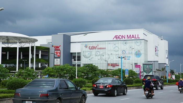 Khối ngoại sẽ đẩy mạnh chiếm lĩnh thị phần bán lẻ qua hoạt động M&A. Ảnh: Lê Tiên