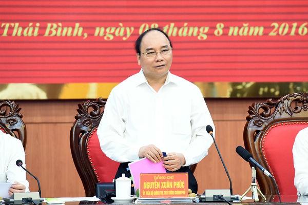 Làm việc với lãnh đạo tỉnh Thái Bình, Thủ tướng Nguyễn Xuân Phúc đề nghị Thái Bình tăng cường xúc tiến thương mại, thúc đẩy khởi nghiệp, nâng số doanh nghiệp của tỉnh lên gấp 3 lần hiện nay trong vòng 5 năm tới