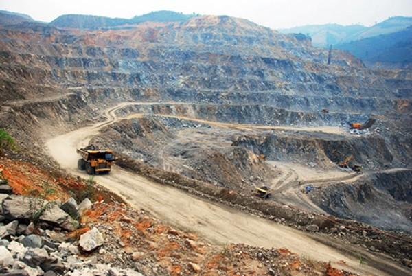 VIMICO chọn nhà thầu cho 6 gói thầu dự án mỏ Sin Quyền