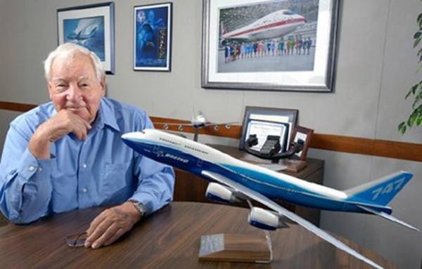 Cha đẻ của Boeing 747 qua đời - ảnh 2