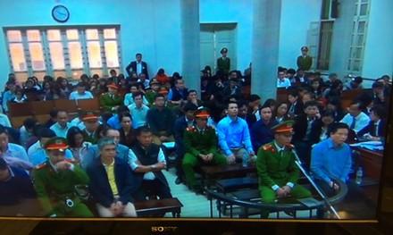"""Hà Văn Thắm khai: Chủ trương chi lãi ngoài có từ thời """"bầu"""" Kiên - ảnh 1"""
