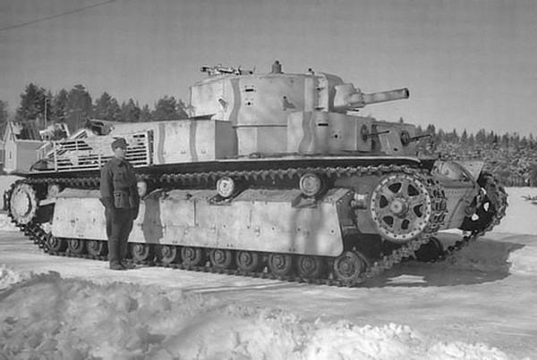 Mẫu xe tăng 5 tháp pháo độc đáo của Liên Xô - ảnh 1