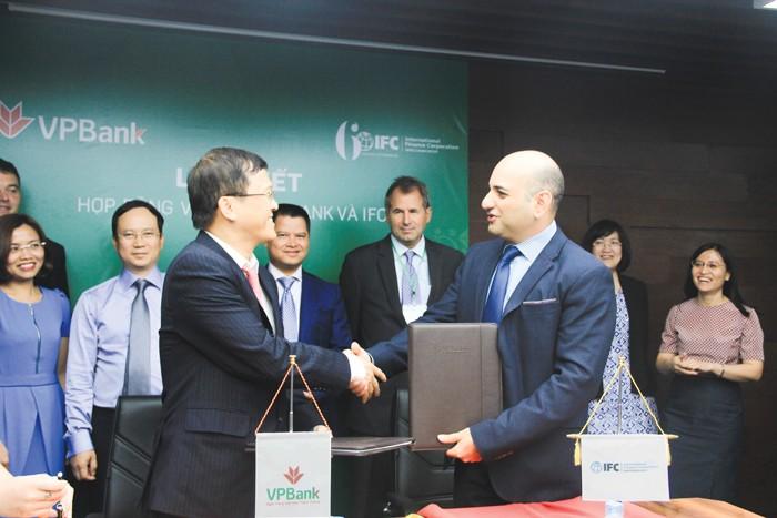 Dòng vốn của nhà tài trợ được VPBank hướng đến đối tượng DN vừa, nhỏ và siêu nhỏ