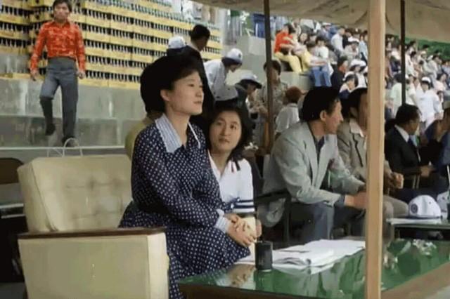 Cuộc đời bi kịch của bà Park Geun-hye từ Nhà Xanh tới song sắt nhà lao - ảnh 7