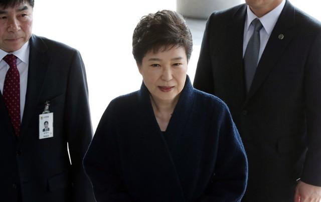 Cuộc đời bi kịch của bà Park Geun-hye từ Nhà Xanh tới song sắt nhà lao - ảnh 16