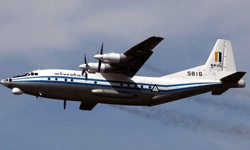 Myanmar tìm thấy thi thể và mảnh vỡ máy bay trên biển - ảnh 1