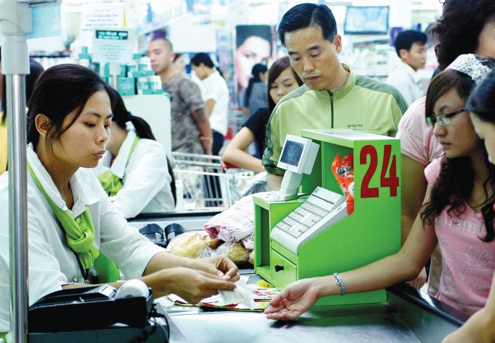 Đẩy mạnh được tiêu dùng, doanh nghiệp sẽ có cơ hội phát triển, kích thích tăng trưởng kinh tế. Ảnh: Nhã Chi