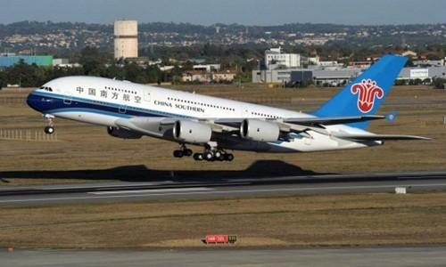 China Southern Airlines đã có 5 chiếc A380. Ảnh:Reuters