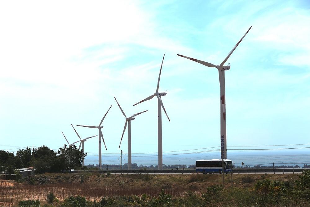 """Chính phủ sẽ ưu tiên thực hiện các chương trình, dự án bảo đảm yếu tố """"xanh"""". Ảnh: Nhã Chi"""