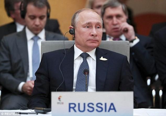 Tổng thông Putin dự hội nghị thượng đỉnh G20 tại Đức (Ảnh: Reuters)