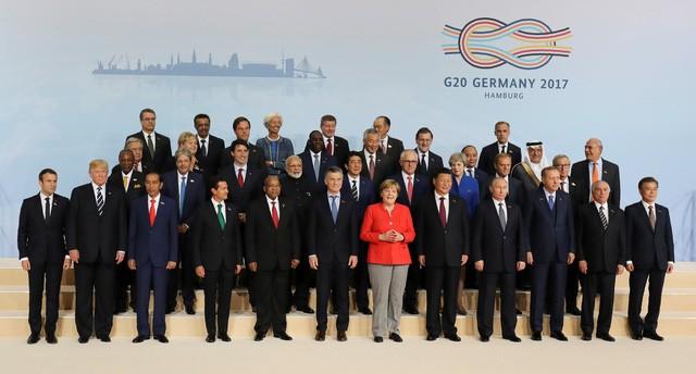 Các nhà lãnh đạo tham dự hội nghị G20 tại Đức chụp ảnh lưu niệm chung.