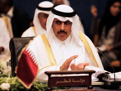 Thống đốc ngân hàng Qatar Abdullah Saud Al-Thani (Ảnh: Reuters)