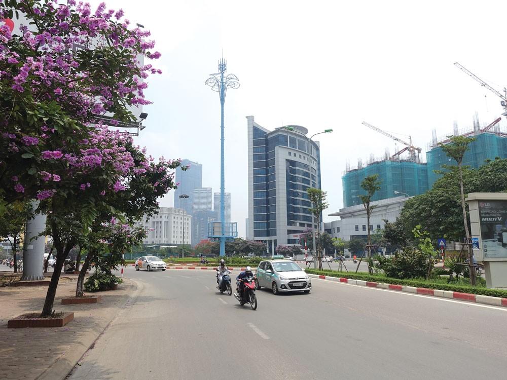 Trạm BTS thân thiện của MobiFone trên đường phố Hà Nội