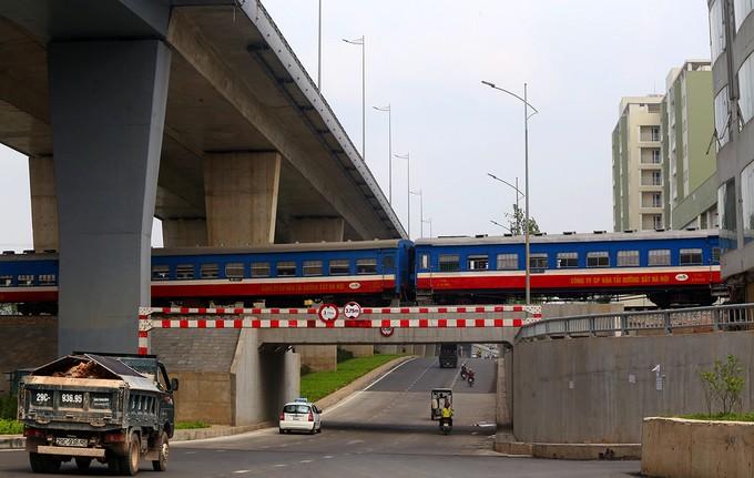 6 tuyến đường hơn nửa tỷ đô ở Hà Nội có vi phạm - ảnh 4