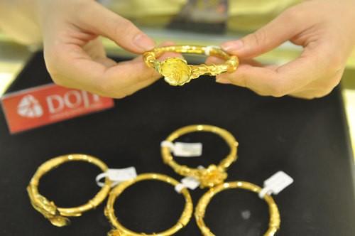 Giá vàng trong nước hiện quanh 36,2 - 36,4 triệu đồng một lượng.