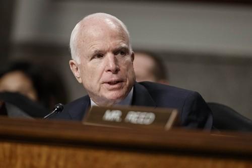 Thượng nghị sĩ John McCain, Chủ tịch Ủy ban Quân vụ Thượng viện. Ảnh:AP.