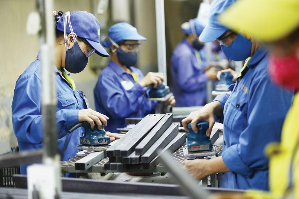 675 điều kiện kinh doanh dự kiến cắt giảm hiện chiếm 55,5% số điều kiện kinh doanh của ngành công thương. Ảnh: Nhã Chi
