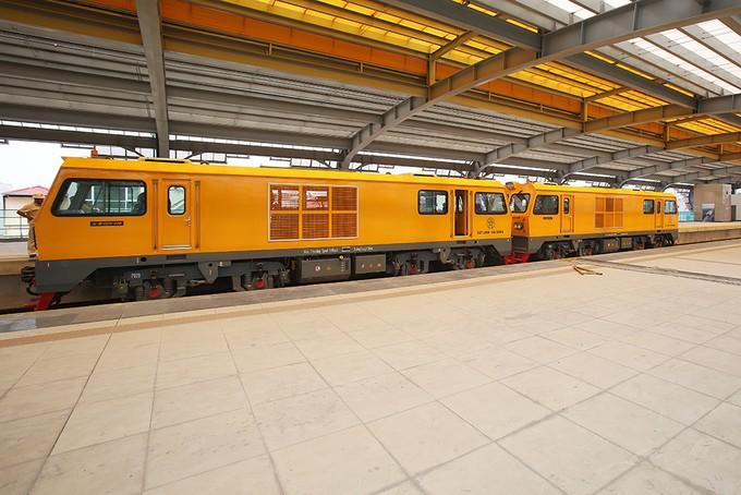 Tuyến đường sắt đô thị đầu tiên chạy tàu thử nghiệm - ảnh 1
