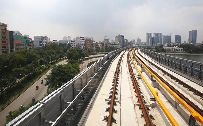 Tuyến đường sắt đô thị đầu tiên chạy tàu thử nghiệm - ảnh 6