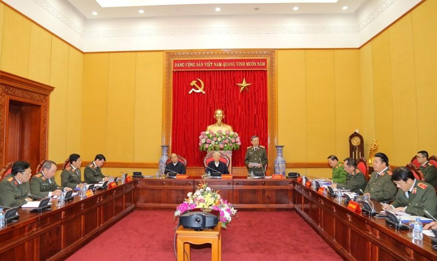 Tổng Bí thư, Thủ tướng dự, chỉ đạo phiên họp Thường vụ Đảng ủy Công an Trung ương - ảnh 1