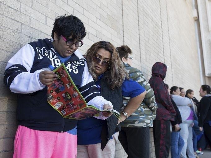 Lễ hội mua sắm lớn nhất nước Mỹ bắt đầu - ảnh 3