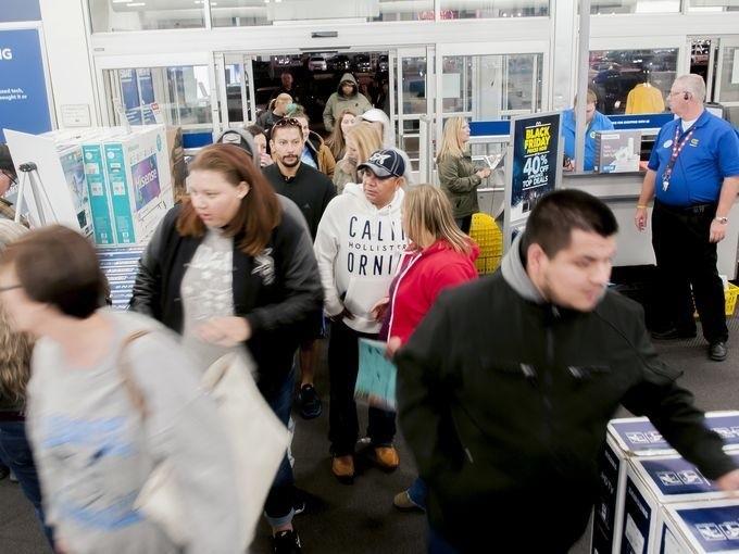 Lễ hội mua sắm lớn nhất nước Mỹ bắt đầu - ảnh 5