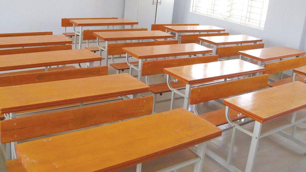 Nhà thầu vẫn tiếp tục kiến nghị về Gói thầu số 1: Mua sắm tủ, bàn ghế thuộc Dự án Đầu tư xây dựng công trình Trường Tiểu học thị trấn Cái Vồn A, thị xã Bình Minh. Ảnh: Nhã Chi