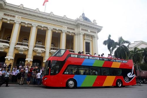 Xe buýt 2 tầng được Hanoi Transerco đưa ra chạy thử nghiệm vào tháng 6/2017. Ảnh:Phong Vân.