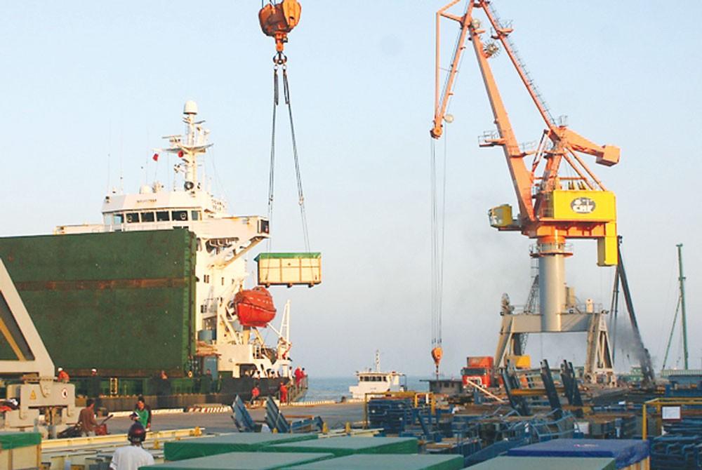 Xuất khẩu của Việt Nam vẫn dựa chủ yếu vào khu vực có vốn đầu tư nước ngoài. Ảnh: Lê Tiên