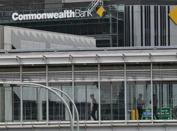 Trụ sở ngân hàng CBA tại Sydney, Australia. (Ảnh: AFP/TTXVN)