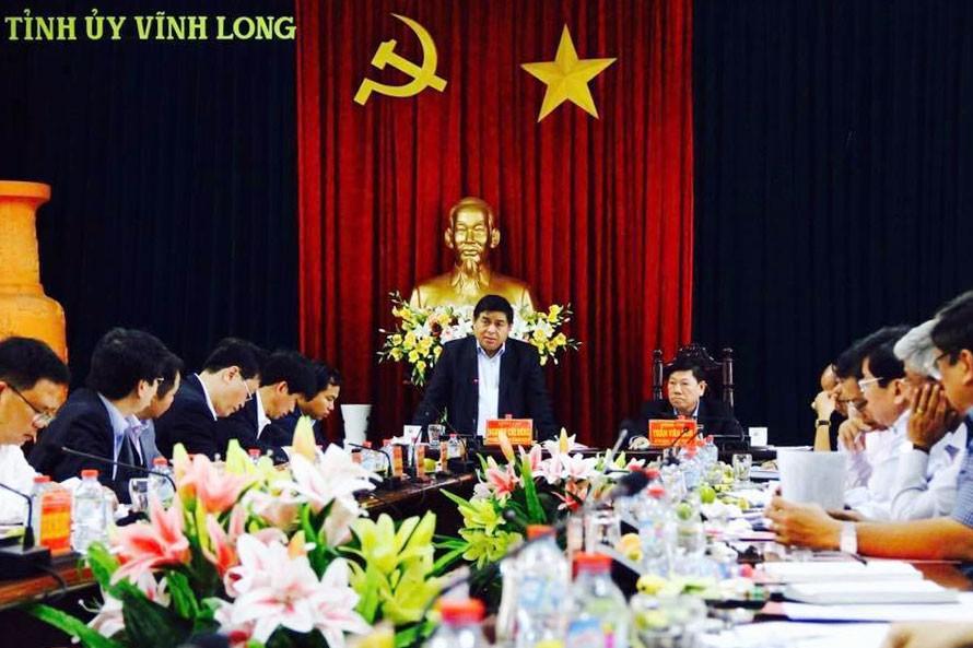 Bộ trưởng Nguyễn Chí Dũng phát biểu tại buổi làm việc với Tỉnh ủy Vĩnh Long. Ảnh: Thùy Trâm