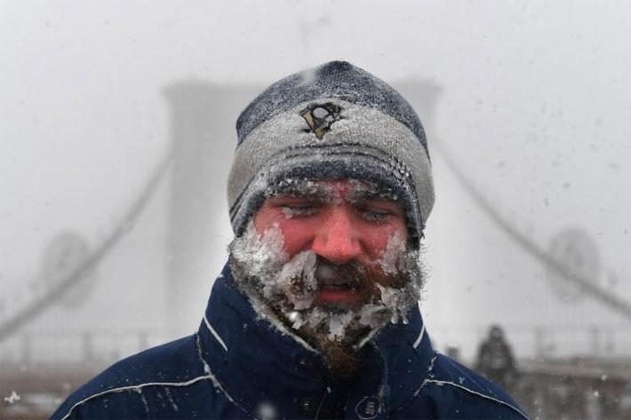 Nhiều thành phố Mỹ tê liệt vì siêu bão tuyết - ảnh 6