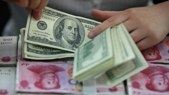 Năm ngoái, đồng Nhân dân tệ tăng giá 6,8% so với USD.
