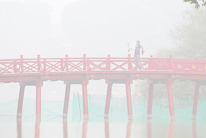 Hà Nội chìm trong sương mù - ảnh 3
